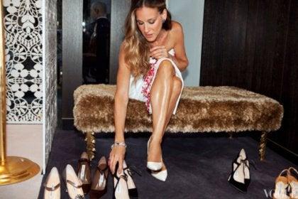 Carrie valitsee kenkiä