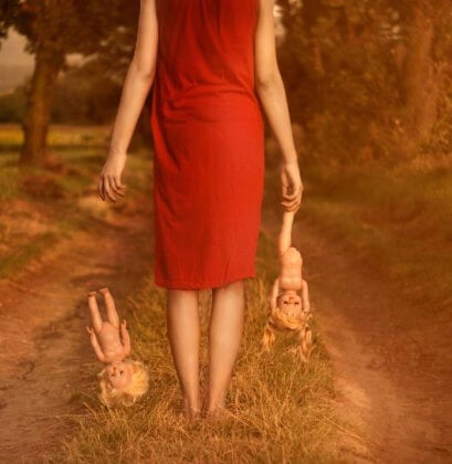 Nainen ja nuket
