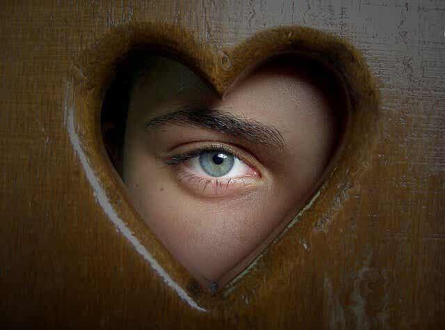 Rakasta ensin itseäsi oppiaksesi rakastamaan muita