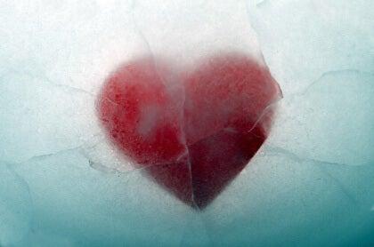Jäätynyt sydän ajattelematta mitään
