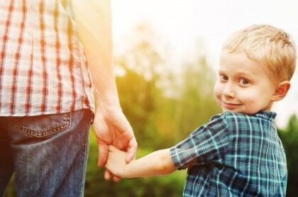 lapsen kasvattaminen