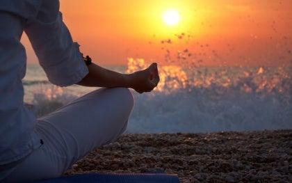 Meditaatio rannalla
