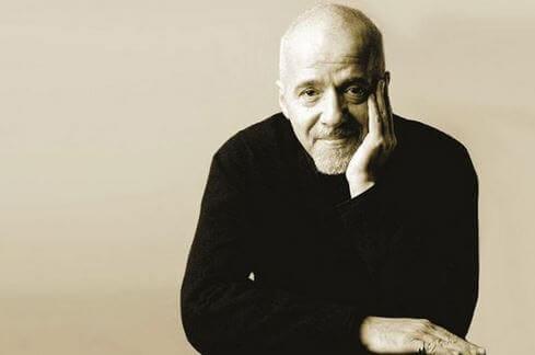15 ylistettyä lausahdusta Paulo Coelholta