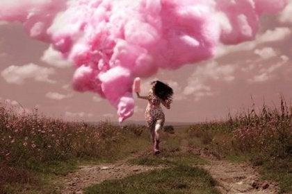 Vaaleanpunainen pilvi, elän