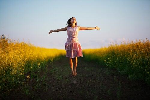 Kymmenen keinoa tuntea olo onnellisemmaksi tänään