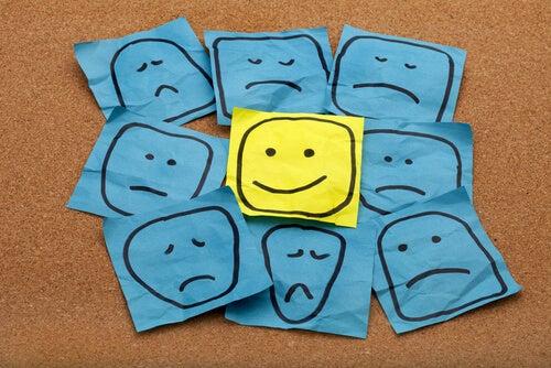 Positiivisen asenteen ylläpitäminen
