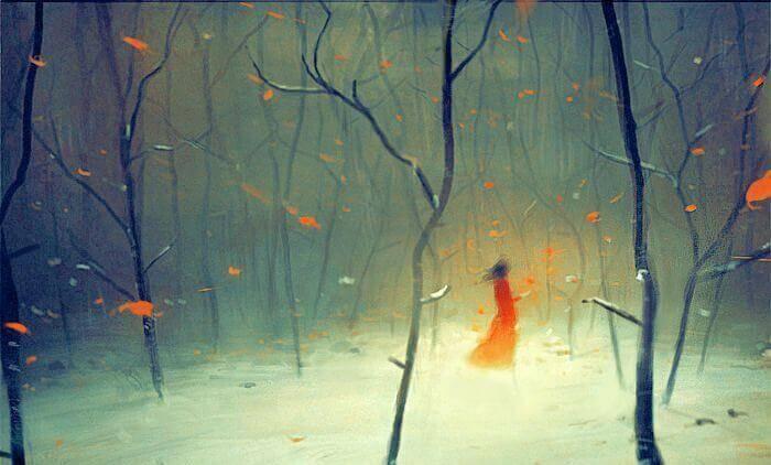 Nainen vaeltaa metsässä