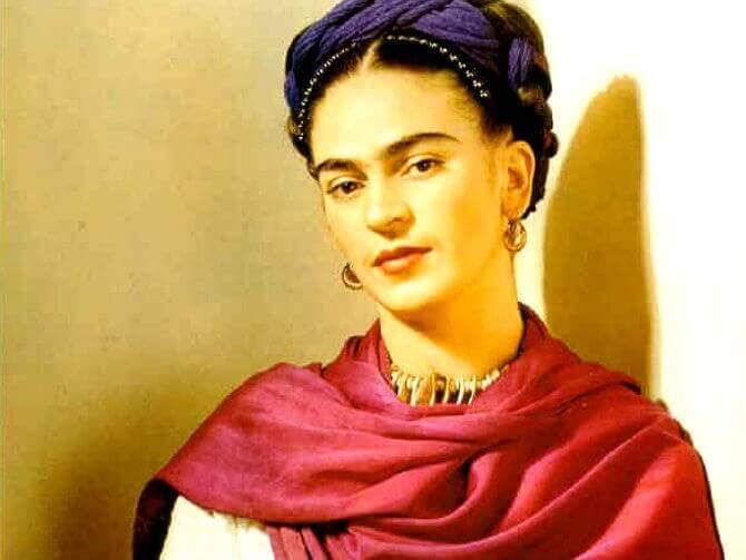Menestyneet naiset Frida Kahlo