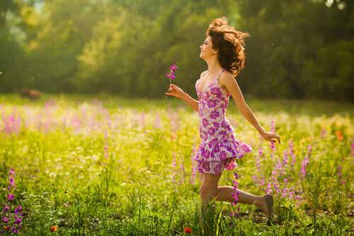 Lyhin polku onnellisuuteen alkaa hymyllä