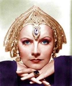 Naistaiteilija Greta Garbo