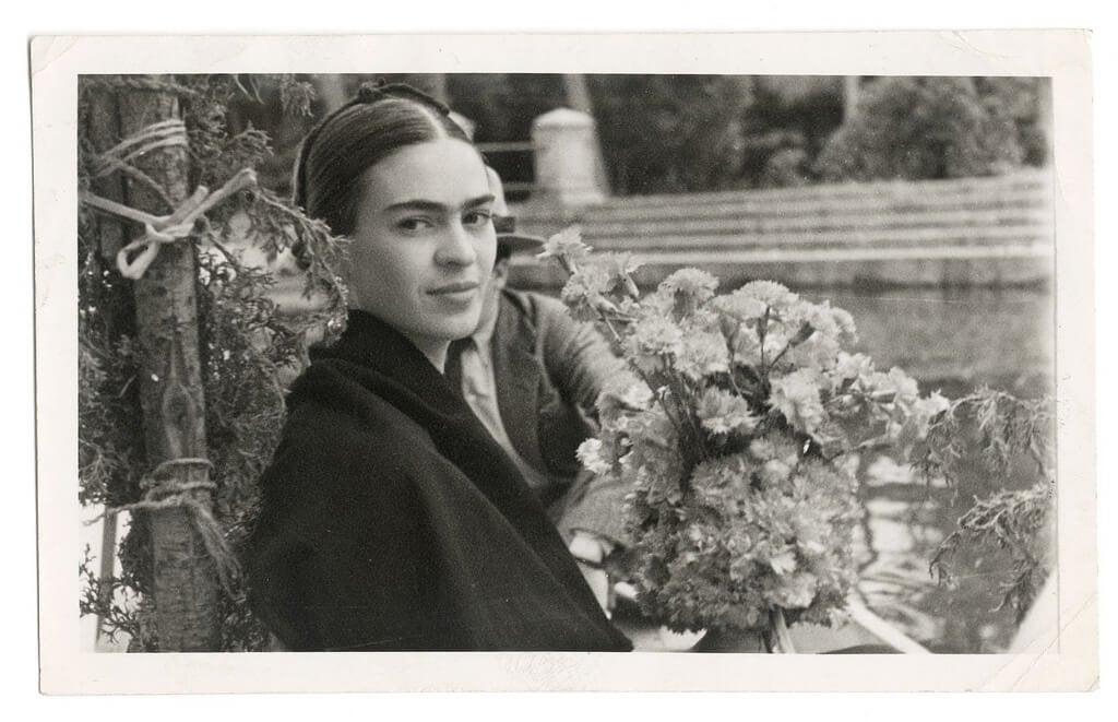 Naistaiteilija Frida Kahlo