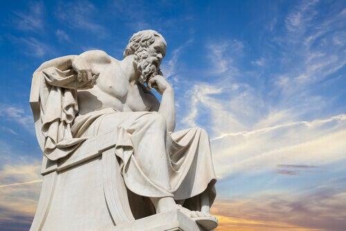 Aristoteles ja onnellisuus