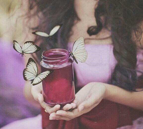 Perhoset ja nainen