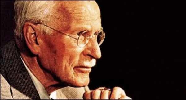 8 persoonallisuustyyppiä Carl Jungin mukaan