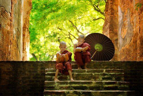 5 loistavaa buddhalaista tarinaa, jotka tekevät sinut viisaammaksi