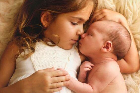Lapsuuden tuoksut: ovia menneisyyteemme