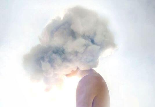 Pää pilvissä