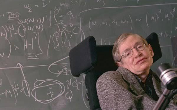 Stephen Hawking ja liitutaulu