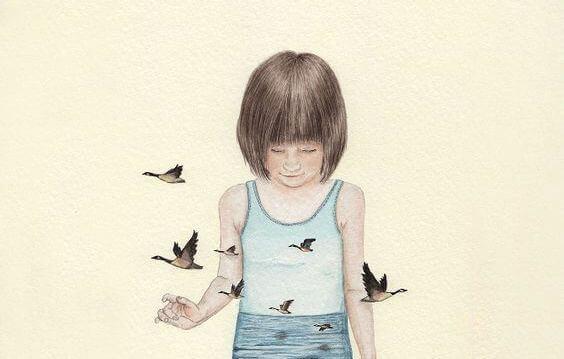 linnut lentävät ulos tytön paidasta