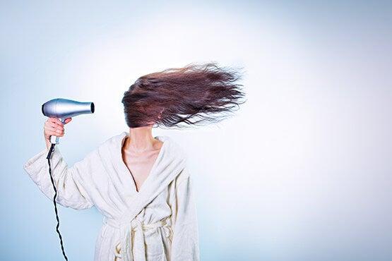 hiustenkuivaus