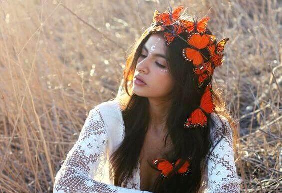 parhaana olo perhoset päässä