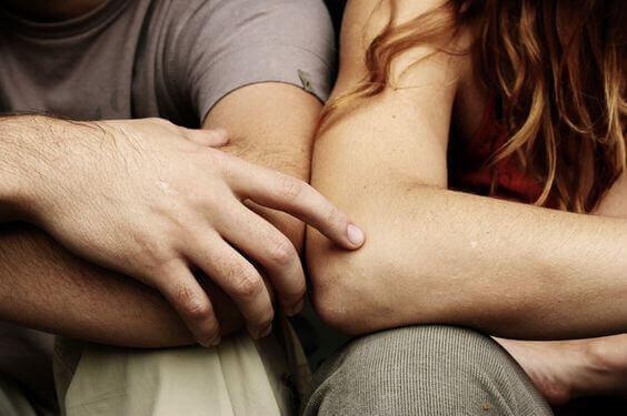 """""""Meidän täytyy jutella"""": 3 sanaa, joita jokainen kumppani pelkää"""