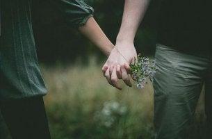 tukea käsi kädessä