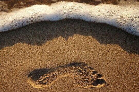 jalanjälki hiekassa