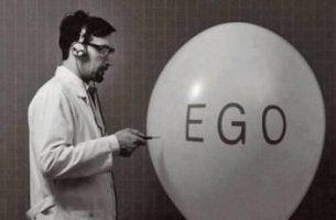 egoistit puhkaistaan