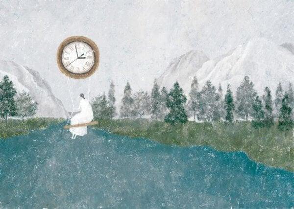 Nainen ja lentävä kello
