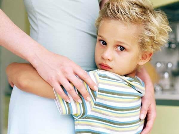 Hypervanhemmuus, uusi trendi joka pilaa lapsuuden