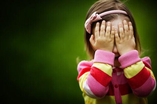 Hypervanhemmat rajoittavat lasten itsemääräämisoikeutta