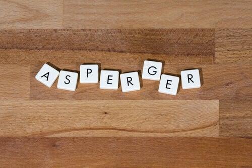 Tunnista Aspergerin oireyhtymä