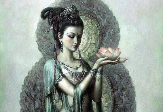 naisella lotuskukka