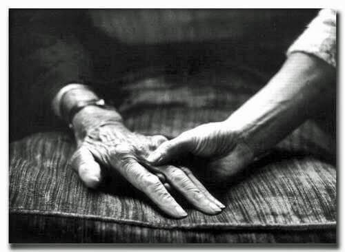 isovanhempamme tarvitsevat hellyyttä ja ymmärrystä
