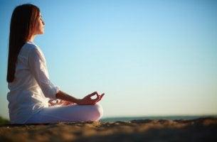 vaihtoehtoiset terapiat meditointi