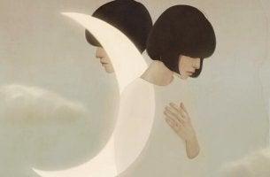 kaksi ihmistä ja kuu