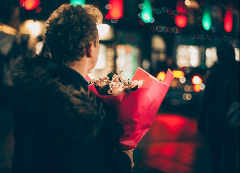 romanttisen rakkauden symboli: kukat