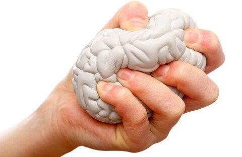 stressilelu joka on aivojen muotoinen