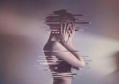 Henkinen manipulointi: yleinen taktiikka korjata sisäiset ristiriidat