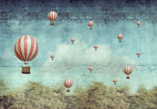 kuumailmapallot lennossa