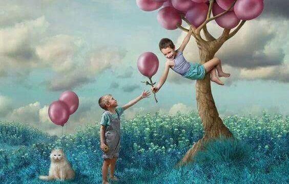 puun hedelmät ovat ilmapalloja