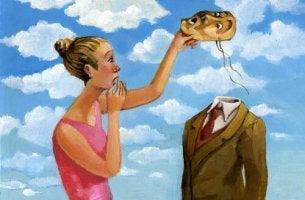nainen poistaa miehen naamion