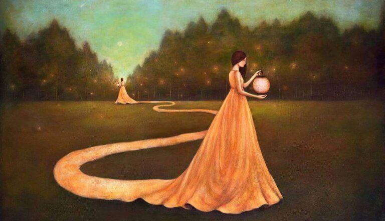naiset ja mekot ruohikolla
