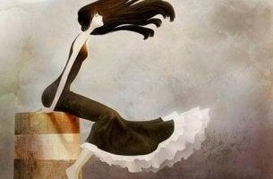 nainen heiluu tuulessa