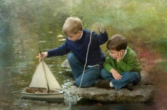 Itsevarmuuden perusta luodaan lapsuudessa