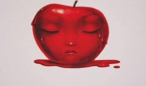 itkevä ja sulava omena