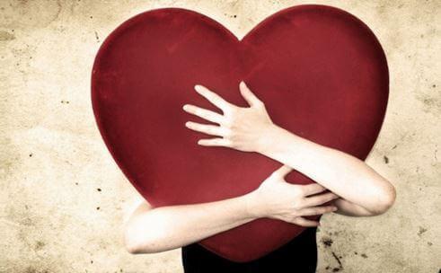joku halaa sydäntä