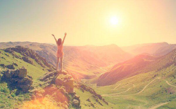 vapaa nainen vuorilla