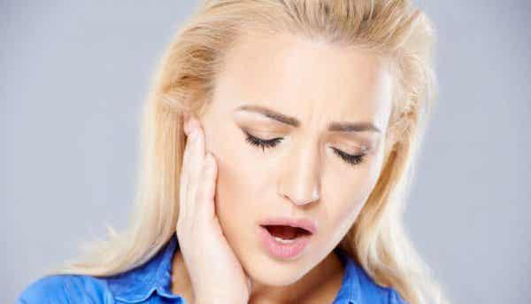 Miksi ihmiset narskuttelevat hampaitaan?
